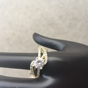 Cubic Zirconia Diamond and Gold Ring